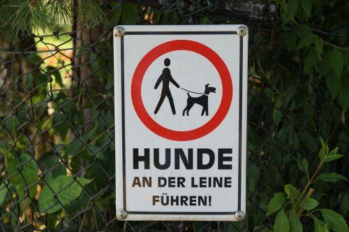 ženklas,skydas,pastaba,lenta,ženklinimas,draudimas,informacijos lentos,informacija,draudžiama,šuo