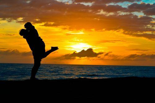 siluetas,pagal sol,vakarą,sol,kraštovaizdis,gamta,geltona,saulėlydis,mar,horizontas,popietė,papludimys,meilė,pagal saulėlydį,dangus,vanduo,Brazilija,Litoral,vandenynas,atsitiktinai