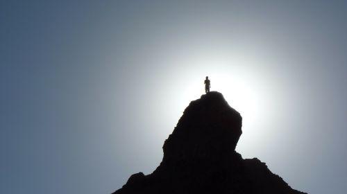 siluetas,keliautojas,kalno viršūnė,kalnų viršūnė,piko,alpinistas,Walker,kalnas,atgal šviesa,saulė,andes,lauke,kalnai,argentina