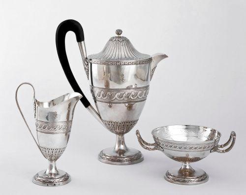 sidabro servisas,kavos servisas,kavinukas,sidabras,Senovinis,monograma,karalius george IV,sidabro dirbiniai,cukraus dubuo