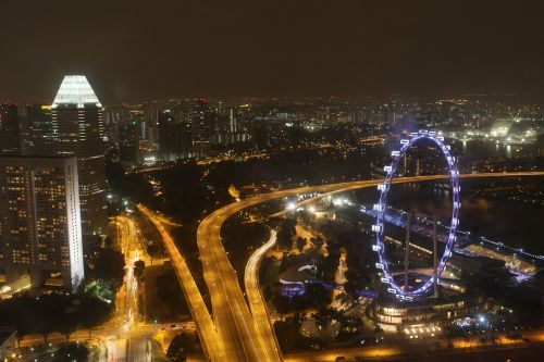 Singapūras,skrajutė,Ferris ratas,peizažas,Singapūras lėktuvas,Singapūras orientyras,Singapūro upė,Singapūras naktinis peizažas,Singapūras panorama,panorama,dangoraižis,architektūra,gyvas,naktis,spalva,bokštas,žibintai,miestas