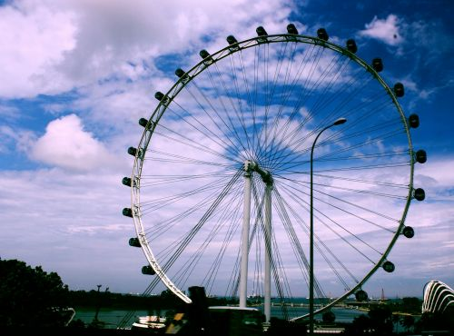 Singapūras & nbsp, skrajutė, aukštumas, važiuoti, pramogos, metalai, apvalus, dangus, debesys, turizmo & nbsp, atrakcija, pritraukimas, gražus, Singapūras, Singapūras lėktuvas