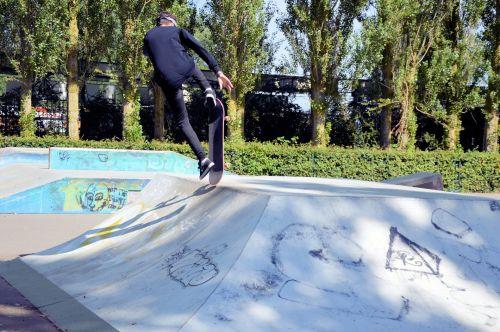 važinėjimas riedlente, čiuožimo, Sportas, sportas, triukai, demonstracijos, čiuožėjas, važinėjimas riedlente
