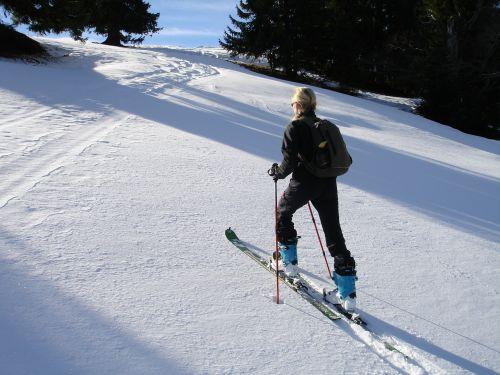 backcountry skiiing,skitouren pirmtakas,pakilti,Allgäu,gunzesrieder slėnis,hoellritzereck,Žiemos sportas,žiema,Sportas,moteris