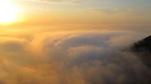 dangus,debesys,saulė,atmosfera,saulės šviesa,antena,vaizdas,erdvė,cloudscape,dangus