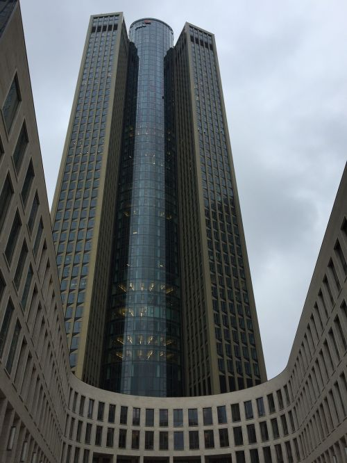 dangoraižis,Frankfurtas,debesuotumas
