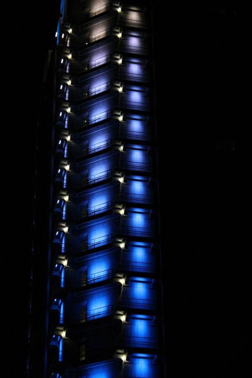 Dangoraižis,  Frankfurtas,  Frankfurtas Yra Pagrindinė Vokietija,  Architektūra,  Šiuolaikiška,  Pastatas,  Miesto Centras,  Mainhattan,  Modernus Pastatas,  Vaizdas,  Mėlynas,  Betonas,  Aukštas,  Fasadas,  Priekinis Langas
