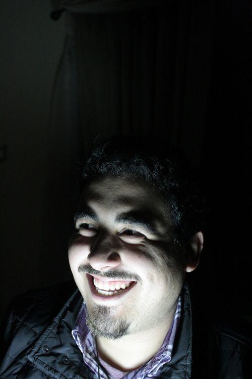 šypsena, tamsi, baimė, šviesa, penumbra, naktis
