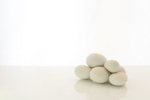 lygūs akmenys,pranešimų terapija,lygus,natūralus,terapija,balta,gamta,reklama,kaimiškas,akmuo,akmenukai,akmenys,zen,ramus,poraštės,krūva