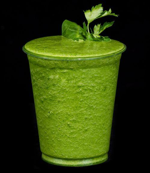 skonio gėrimas,petražolės,kivi,špinatai,gėrimas,detoksikacija,žalias,sveikas