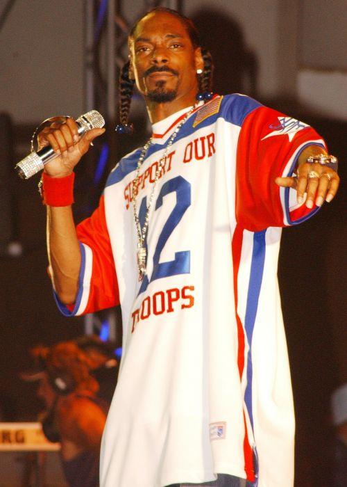 snoop šuo,rap,dainininkė,pramogų atlikėjas,aktorius,žinomas,žinomas,garsenybė,dainuoti,linksmas,Hawaii