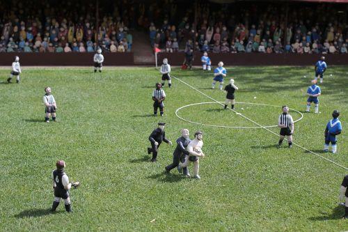 futbolas,žaidimas,futbolas,Sportas,komanda,laukas,rutulys,futbolo žaidimas,varzybos,žolė,žalias,linksma,vasara,žaisti,futbolo komanda,čempionatas,futbolo komanda,mažas,miniatiūrinė,minios,gerbėjai,taurė,spardyti,lauke,mini