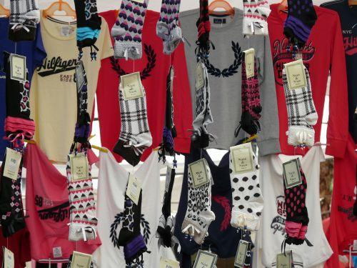 kojinės,t marškiniai,drabužiai,pritraukti,apranga,pardavimas,aprangos pardavimas,turgus