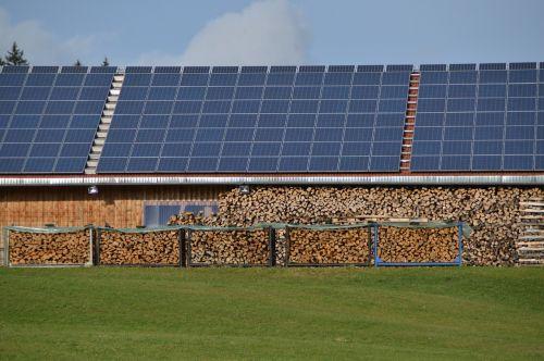saulės energija,energija,fotoelementas,mediena,alternatyva,Alternatyvi energija,atsinaujinanti energija,tvartas