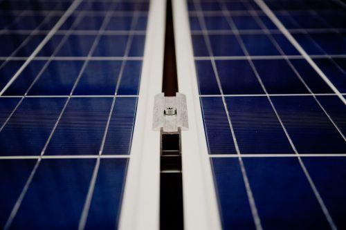saulės elementai,saulės energija,saulės baterijos,stogas,elektros energijos gamyba,saulės energija,solarenegergie,saulės sistema,saulės energija,energijos revoliucija,makro,energija,atsinaujinanti,dabartinis,karštas vanduo,fiksavimo