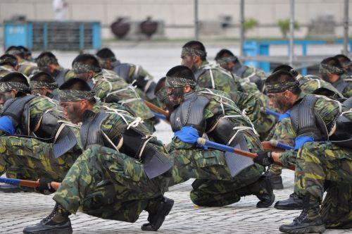 Kariuomenė, kariuomenė, antrinė stiprioji kūno kultūra, spektaklis, maskuojantis, Taivanas