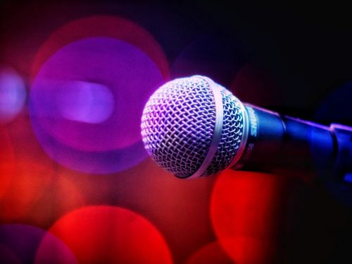 garsas, muzika, mikrofonas, balsas, diskoteka, naktinis gyvenimas, šviesos muzika, tapetai, gyvas, apšviestas, spindi, daina, karaoke, technologija, dainininkė, etapas, gyventi, roko muzika, Pop muzika, be honoraro mokesčio