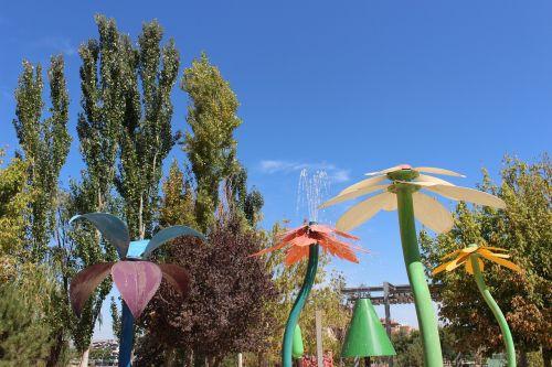 šaltiniai,vanduo,vandens šokėja,šokių fontanai,purkštukai,sodai