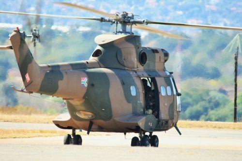 sraigtasparnis, rotorius, Puma, taksiravimas, pietų afrikos oro pajėgų muziejus puma