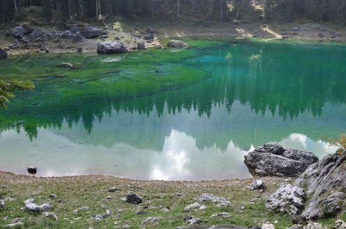 South Tyrol,Bergsee,veidrodis