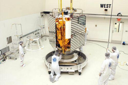 kosmoso zondas,atradimo programa,NASA,Messenger,gyvsidabris,geocheminio matavimo,atstumo matavimas,erdvė,kosmoso kelionės