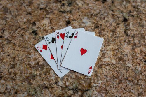 lova,rizika,tikimybė,sėkmė,pokeris,ace,azartiniai lošimai,kazino,kortelės,lošti,bet,nugalėtojas,vegas,pramogos,lažybos