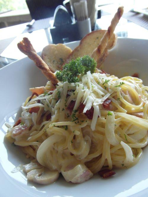 spagečiai, carbonara, ispanų, patiekalas, restoranas, lauke, lauke, plokštė, virimo, maistas, skanus, makaronai, sūris, maistas, spagečiai carbonara