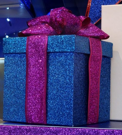 dovanos, dovanos, pateikti, dovanos, gimtadienis, gimtadienius, Kalėdos, dėžė, dėžės, juostelės, putojanti juosta dovanėlė