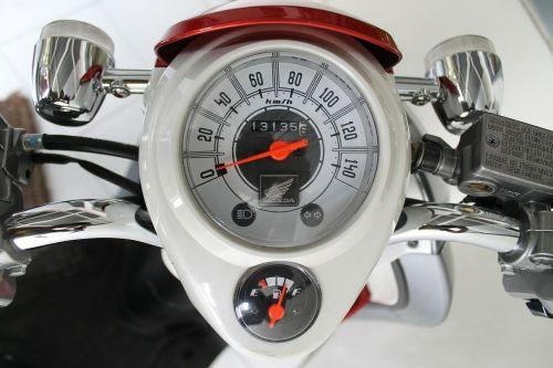 greičio indikatorius,spidometras,tachometras,speedo,tacho,transporto priemonė,greitis,galia,motociklas,dviratis,dizainas,motociklas,kuro matuoklis,kuro indikatorius