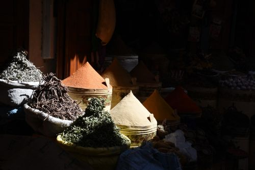 prieskonio kūgis, prieskoniai, turgus, atviri prieskoniai, spalvinga, arabija, gatvės turgus, kvepalai, turgus, prieskonių rinka, be honoraro mokesčio