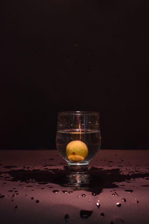 purslų,stiklas,citrina,vanduo,šviežias,atspindys,vandens purslų,purslų vanduo,lygus,purslų,judėjimas