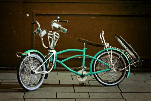 Sportas,dviratis,dviratis,ciklą,dviračiu,važiuoti,veikla,dviratininkas,šalmas,vasara,judėjimas,atostogos,jaunas,laimingas,vaikystę