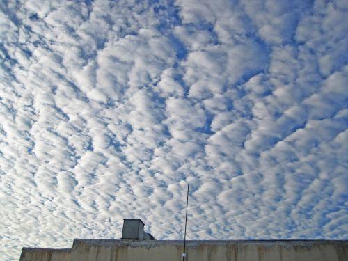dangus, debesys, užpildytas, flocky, saulės šviesa, išsklaidytas, skleisti, skleisti flocky debesys