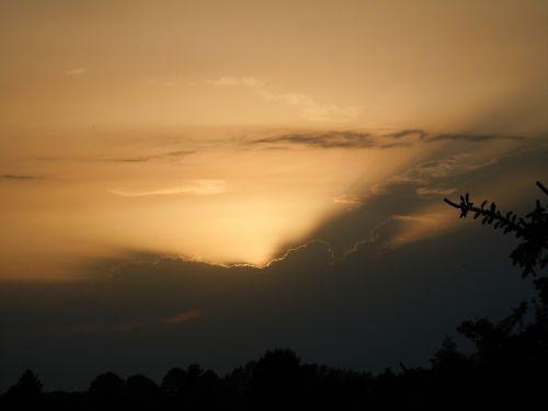 škvalo linija,vakarinis dangus,natūralus spektaklis