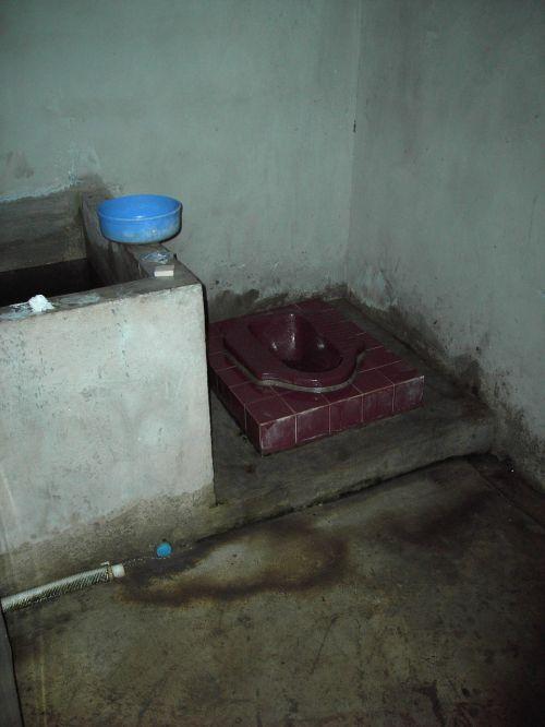 tualetas su tualetu,Hocklo,pisuaras,tualetas,wc,Tailandas