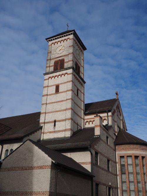 Jonas Krikštytojas,st Jonas baptistų bažnyčia,bažnyčia,nauja ulma,pastatas,katalikų,garnizonų bažnyčia,plyta,milžiniškas,galingas,bažnyčios pastatai