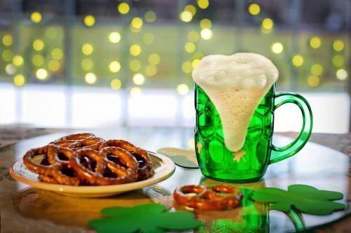 st paddy day,Šv Patriko diena,žaliosios alaus,alus,keramzelės,žalias,airiškas,šventė,saint,šaukštas,paddy,tradicinis,šventė