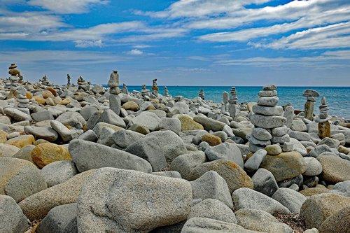 sukrauti akmenys, akmens balansas, Rokas balansas, akmenys balansas, roko balansavimas, art kamino, Cairn, Sardinija, Vyriausiasis Carbonara paplūdimys