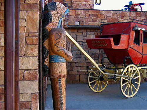 stagecoach,indėnai,usa,Utah,medinė statula