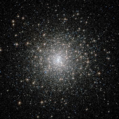 žvaigždžių grupes,sluoksniuota grupė,žvaigždė,žvaigždžių formavimas,žvaigždžių gimimas,Žvaigždėtas dangus,erdvė,visata,Messier 15,m 15,ngc 7078,žvaigždynas pegasus