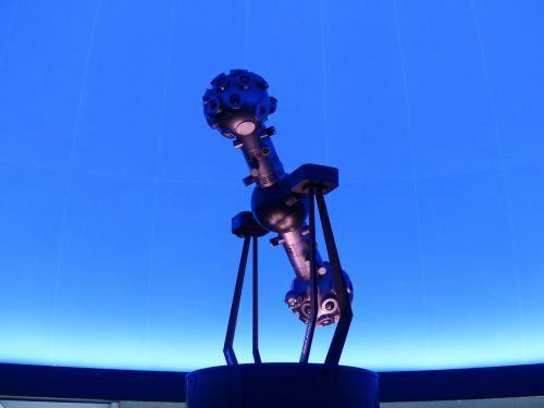 žvaigždutė projektorius,planetariumas,projektorius,mašina,futuristinis,mėlynas,šviesus,fluorescencinis,kupolas