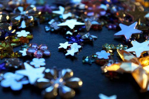 žvaigždės,blizgučiai,šviesti,spindesys,švytėjimas,blizgantis,konfeti,blizgantis,apdaila,šventė,šventė,šventinis