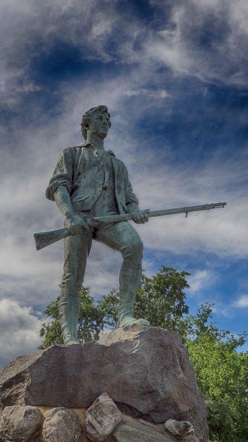 statula,Bostonas,istorija,nepriklausomumas