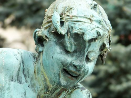 statula,bronza,bronzos statula,gatvių statula,budapest,portretas,plaza,vaikas,metalas,vengrija