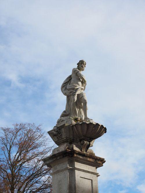 statula,solothurn,figūra,samson fontanas,fontanas,Gedeon fontanas,St Ursus katedra