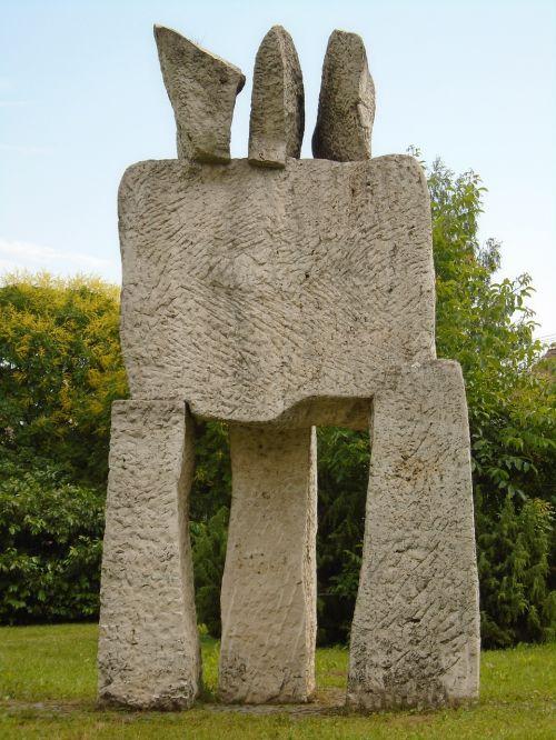 statula, šiuolaikiška, gyvenamasis kvartalas, akmuo, menas, skulptūra, šiuolaikinė skulptūra, akmens skulptūra, kvadratas, parkas