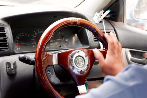 vairas,vairai,automatinis,veidrodėliai,automobiliai,kontrolė,automatinė detalė,vairavimas,išeiti,priekinis stiklas,vairuoti,interjeras,kelionė,prietaisų skydelis