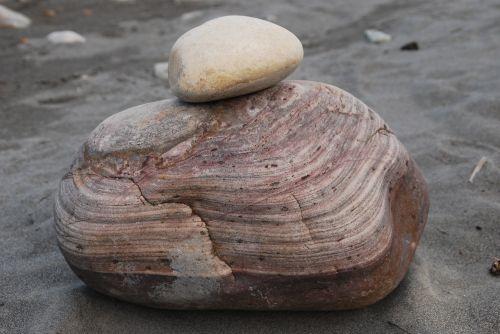 akmuo,tekstūruotos,rausvai,upės griovys