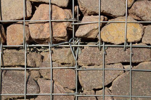 akmenys,akmuo,gabionas,gabionai,porfyras,tinklelis,ryšys,roko gabalai,granitas,raudonas akmuo,akmens krepšys,raudonasis granitas