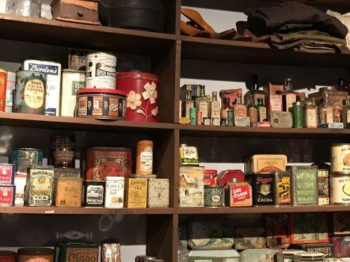 laikyti,lentynos,mažmeninė,parduotuvė,turgus,prekės,maistas,prekes,produktas,paketas,atsargos,sandėlis